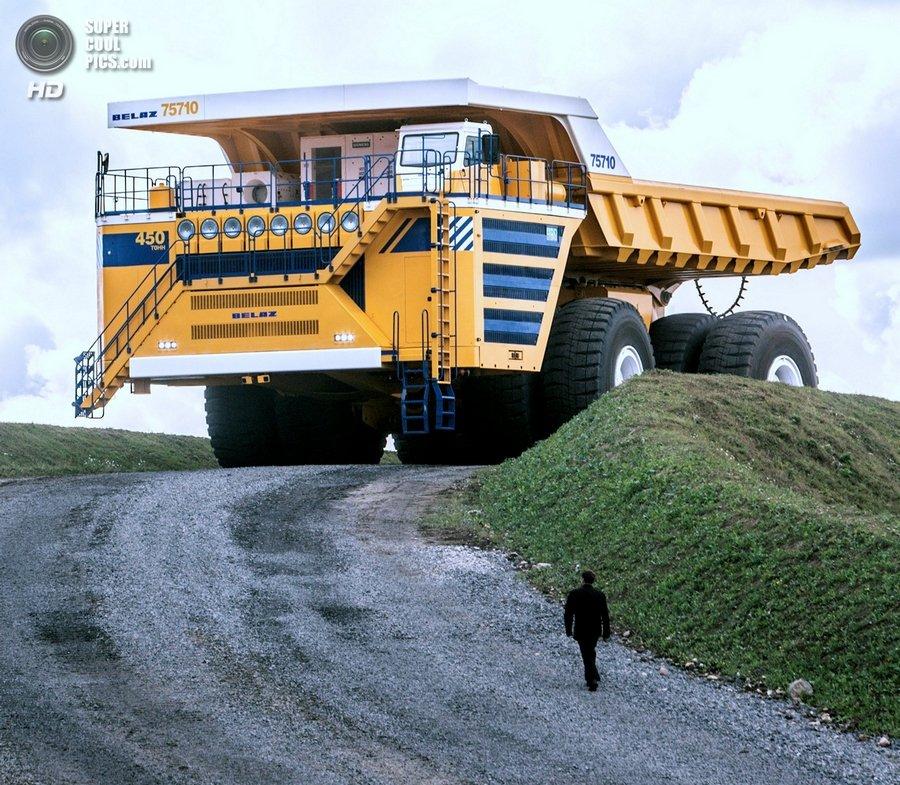 БелАЗ-75710 - самый большой самосвал в мире
